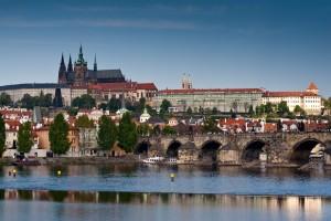 PRAGUE-small