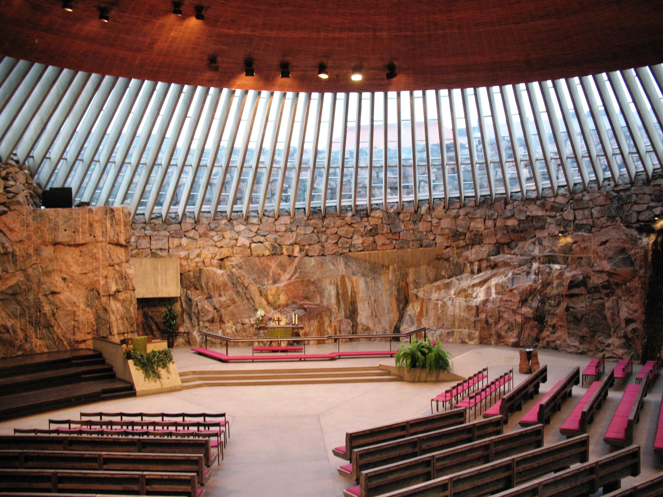 Temppeliaukio_Kirkko_(Rock_Church),_Helsinki